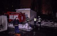 В Киеве произошел масштабный пожар в многоэтажке (видео)