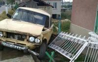 На Одесщине пьяный водитель насмерть сбил трех бабушек на лавочке