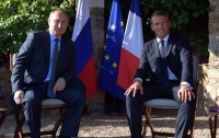 Путин и Макрон обсудили разведение сил и средств на Донбассе