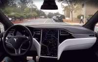 Автомобили Tesla получат новые возможности