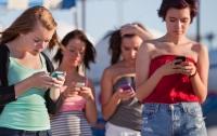 Ученые рассказали об опасности излучения мобильных телефонов