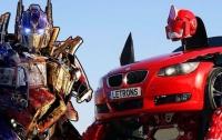 В Турции автомобиль BMW превратили в робота-трансформера (ВИДЕО)