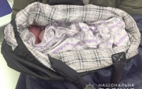 Полицейский нашел в сумке младенца