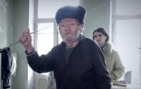 Мошенники заставили пенсионера переписать на них квартиру в Киеве