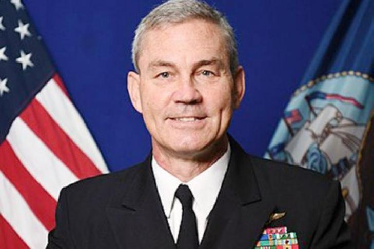 Командующий Пятым флотом ВМС США найден мертвым всвоей резиденции