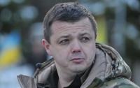 Семенченко просит Администрацию Президента Украины заняться