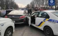 В Борисполе патрульные гнались за вооруженным боевиком (видео)