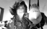 Новый герой США: пилот спасла пассажиров после взрыва двигателя