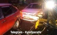 Под Киевом пьяный водитель протаранил семь автомобилей