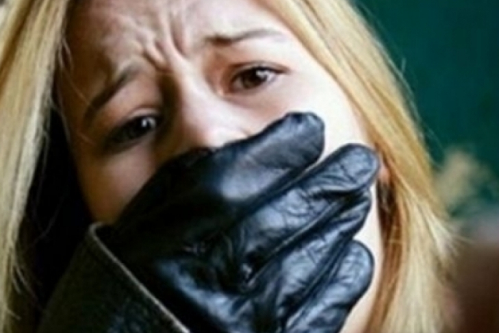 ВОдессе изотеля похитили молодую женщину