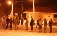 В Махачкале недовольные люди напали на отдел полиции