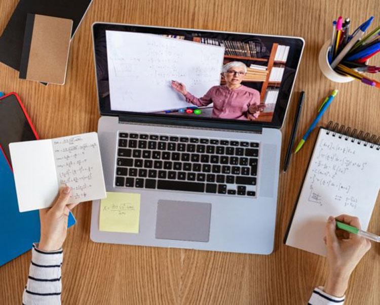 Президент сообщил, что школы готовы к обучению онлайн