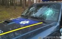 В Ровенской обл. сотни неизвестных в балаклавах напали на полицейских