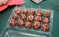 Навстречу санкциям. Ямальские ученые изобрели конфеты из ягеля и хлеб из полярного мха (ФОТО)