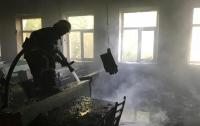 В Запорожье в университете вспыхнул мощный пожар