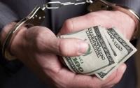 На Луганщине полицейский вымогал взятку