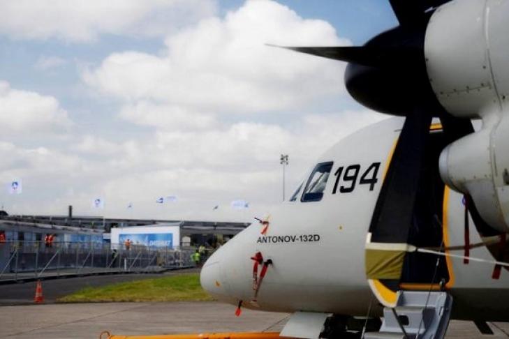 729 486 594961069797f Наоткрытии авиационного салона ЛеБурже состоялся полет украинского Ан 132D