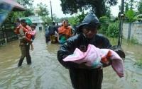 Из-за наводнения в Индии погибли уже 67 человек