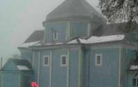 Сельский поп оккупировал недвижимость, принадлежащую громаде (фото)