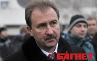 Попов будет «давить» киоски