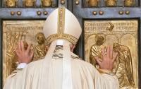 Папа Римский помоет ноги женщинам