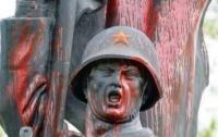 Вандалы «расправились» с Советской армией в Познани