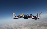 В Австралии погибли три парашютиста