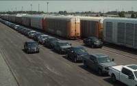 Электрический пикап Ford отбуксировал 454-тонный поезд (видео)