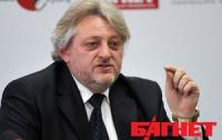 Украину атакуют два врага: жадность политиков и нищета населения