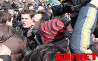 В Киеве едва не подрались защитники Пейзажной аллеи (ФОТО)