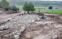 В Израиле под дорогой найдены монеты с изображением Понтия Пилата