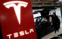 Экс-работник Tesla обвинил компанию в обмане инвесторов