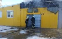 На Киевщине едва не сгорел супермаркет
