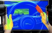 Jaguar Land Rover придумал сенсорный руль-навигатор