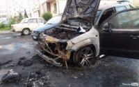 В Луцке подожгли автомобиль семьи нардепа (видео)