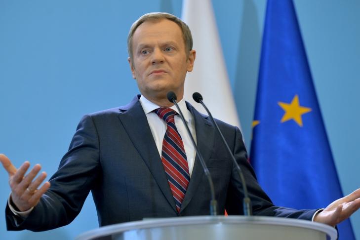 Туск неисключил возможность возвращения впольскую политику