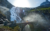 Норвежским троллям теперь будет не скучно